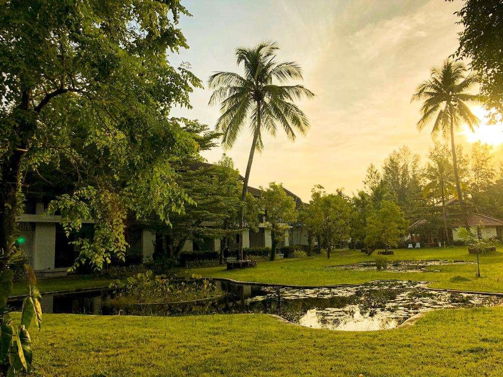 Palm Galleria Resort