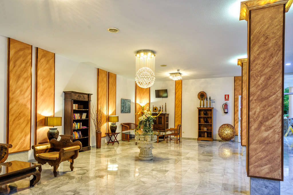 Apartamentos Marola Portosin