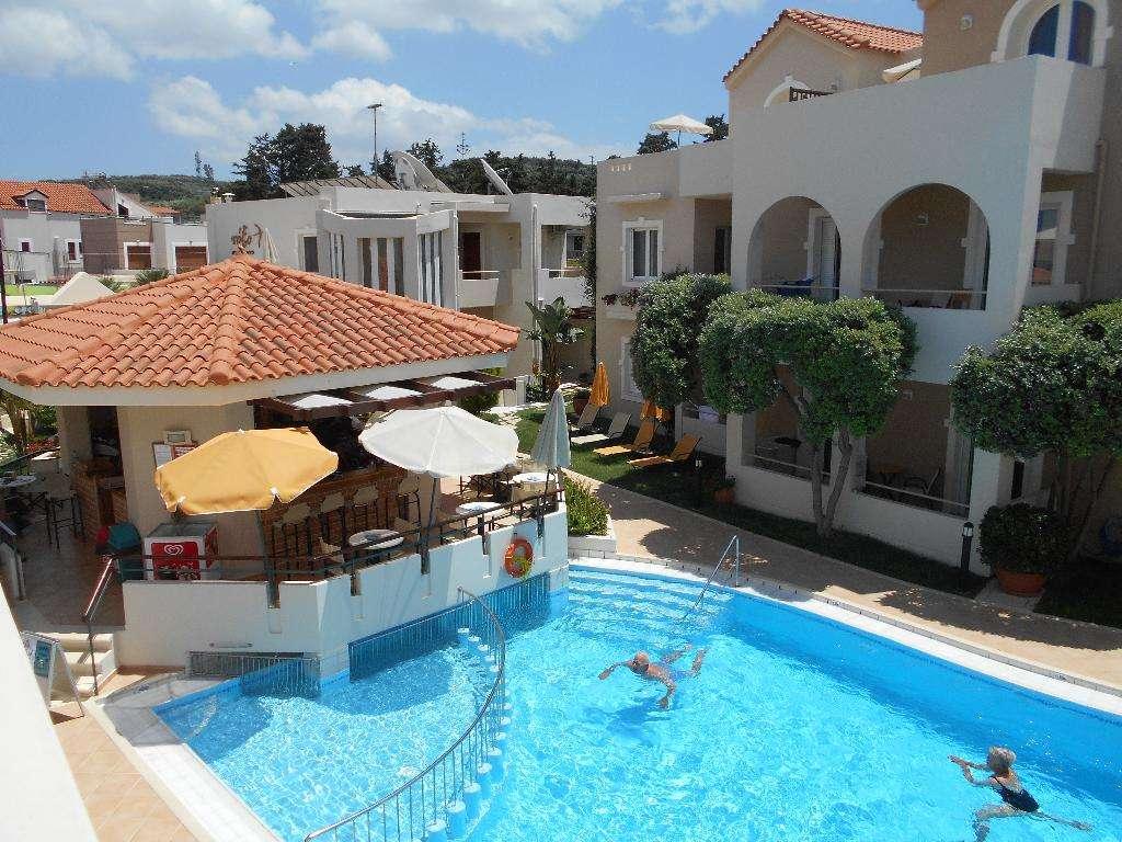 Toxo Hotel & Apartments